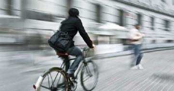 En bici a trabajar. Ni te imaginas los beneficios…
